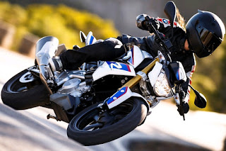 All-New BMW G 310 R Revealed !