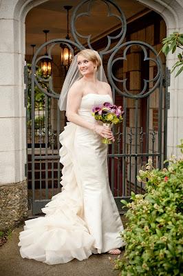 Flora nova design the blog intimate edgewater wedding for Used wedding dresses seattle