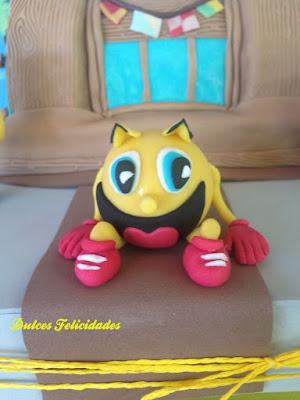 Pacman modelado en fondant