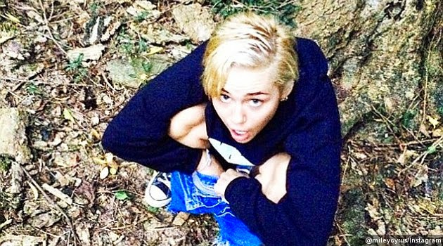 Miley Cyrus bugil