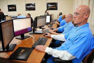 プログラミング教育 受刑者 刑務所 アメリカ