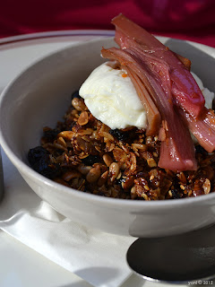 granola with rhubarb