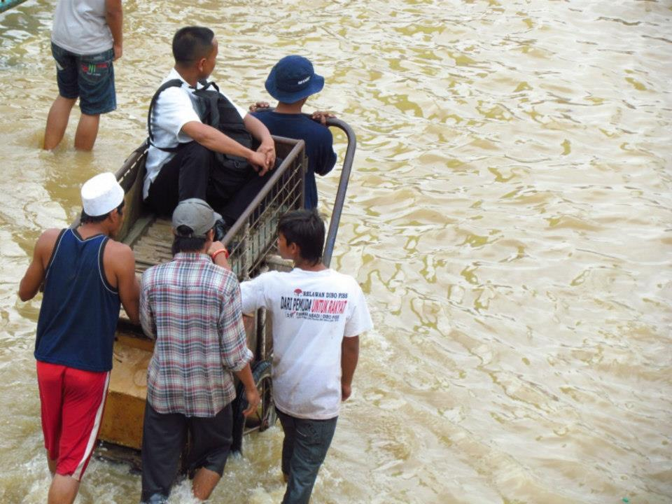 Jakarta Tanggap Darurat, 5 Meninggal, 15.447 Mengungsi