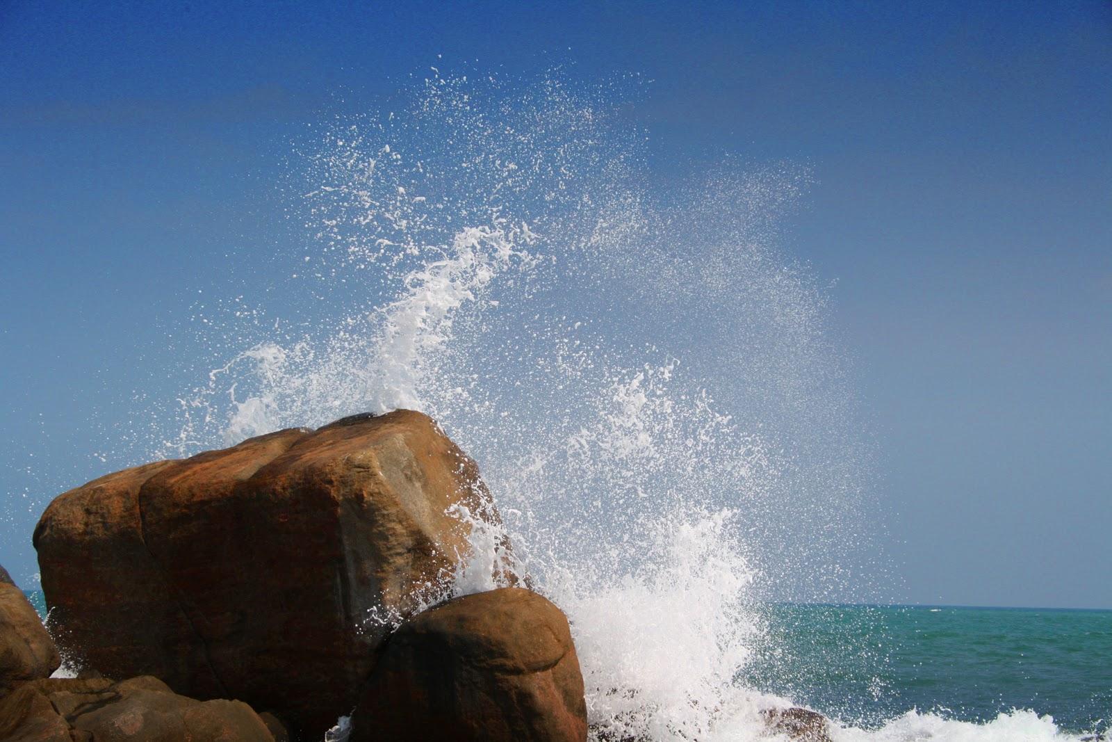 http://4.bp.blogspot.com/-QjcL18BI2HY/TqLnsaIGexI/AAAAAAAAELI/b_F_7bocfyI/s1600/Splash.jpg