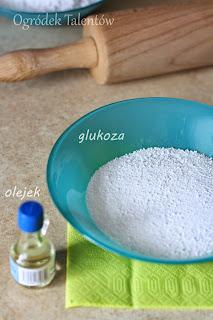 przepis lukier plastyczny masa cukrowa