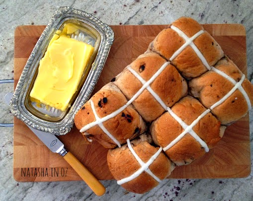 It's the Weekend, hot cross buns