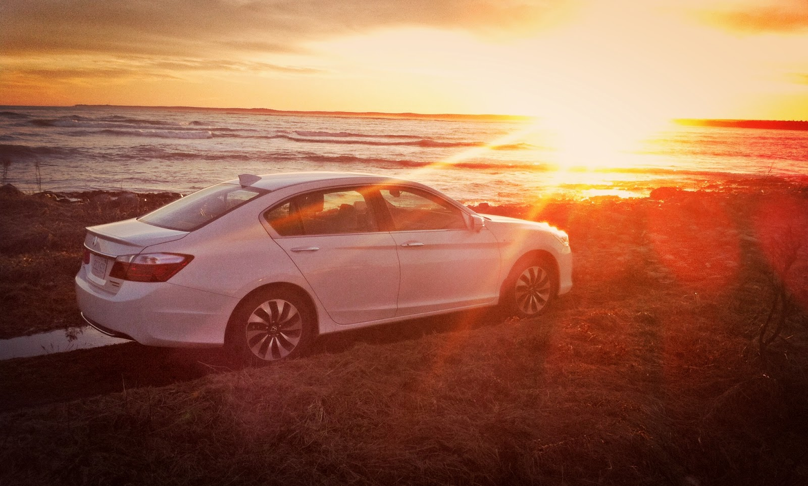 2014 Honda Accord Hybrid sunset