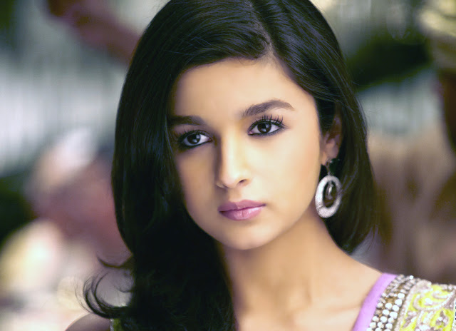 Alia Bhatt HD Wallpaper