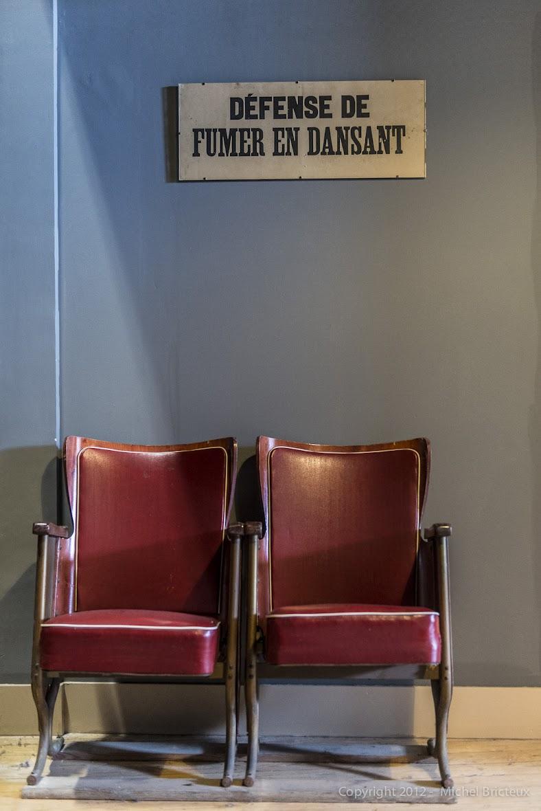 Défense de fumer en dansant - Foyer Populaire, Usines Emile Henricot