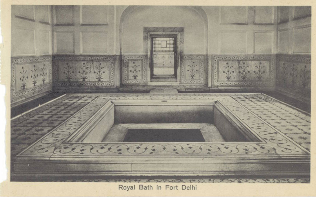 Amazing view of diwan i khas in delhi red fort photos for Bathroom interior designers in delhi