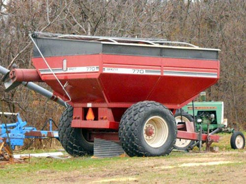used Brent 770 grain cart for sale