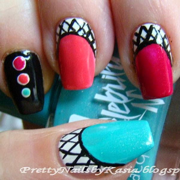 http://prettynailsbykasia.blogspot.com/2014/10/31dc2014-day-30-inspired-by-tutorial.html