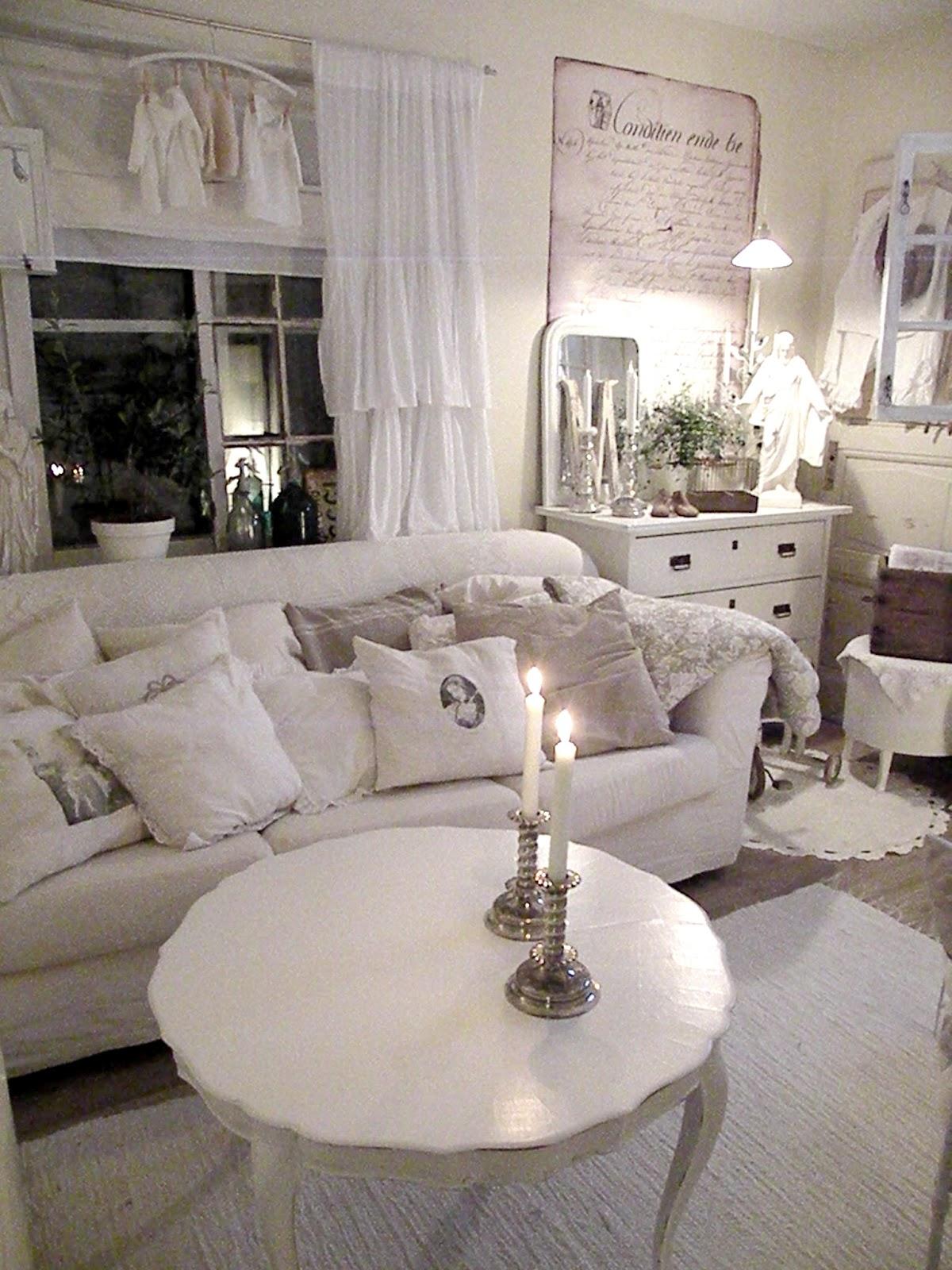 ver 1000 id er om shabby chic stil p pinterest shabby chic k k och toalettbord. Black Bedroom Furniture Sets. Home Design Ideas