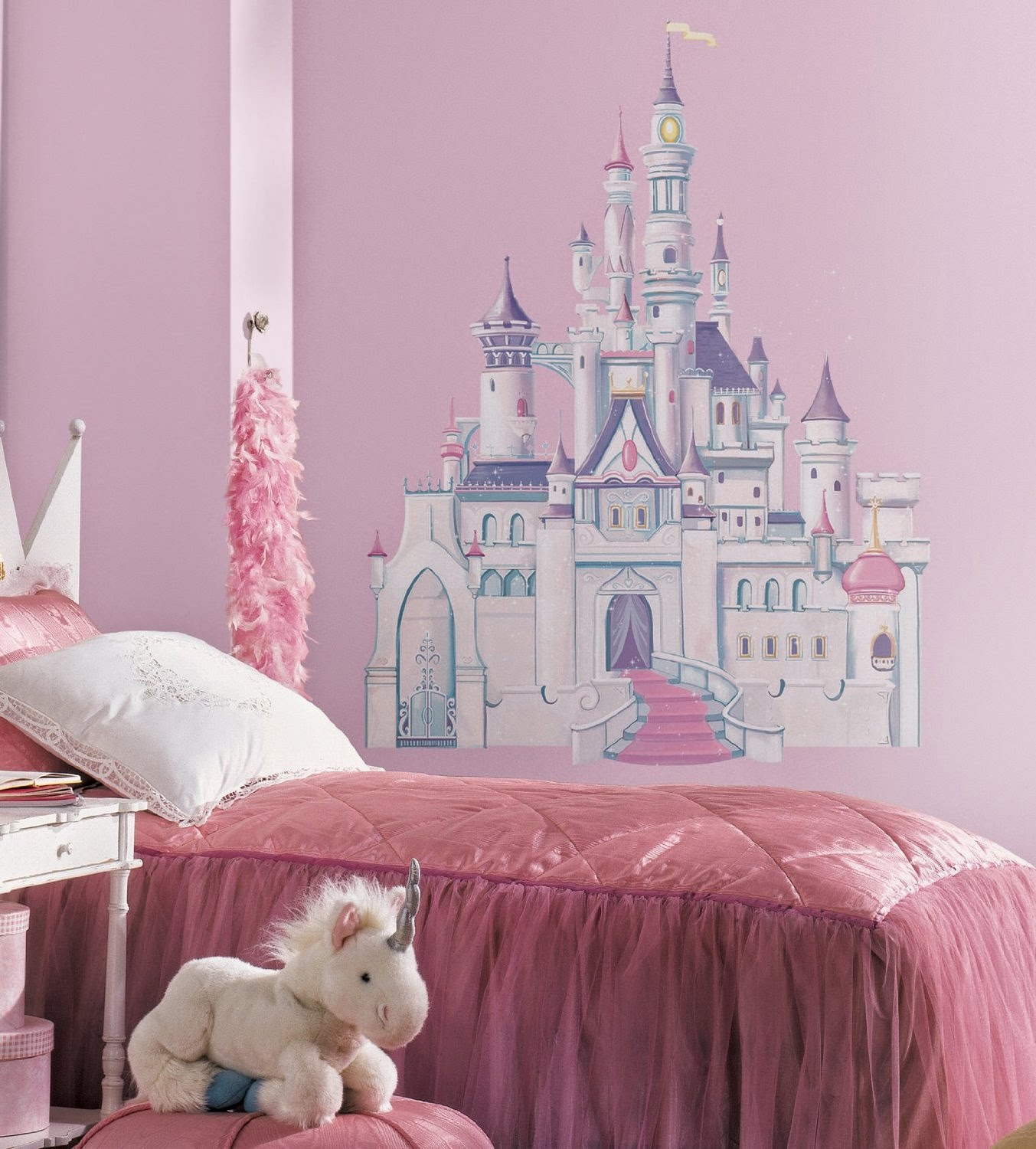 bedroom decor ideas and designs how to decorate a disney cinderella carriage bed design ideas for girl bedroom