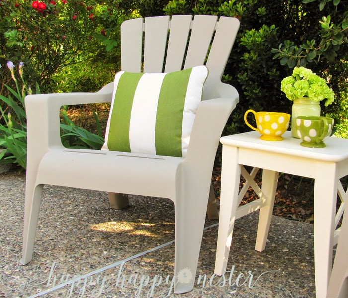Happy happy nester annie sloan chalk paint and plastic outdoor chairs Painting plastic garden furniture