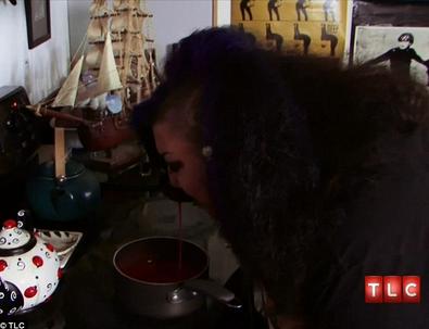 Michelle minum darah yang dibuat sup