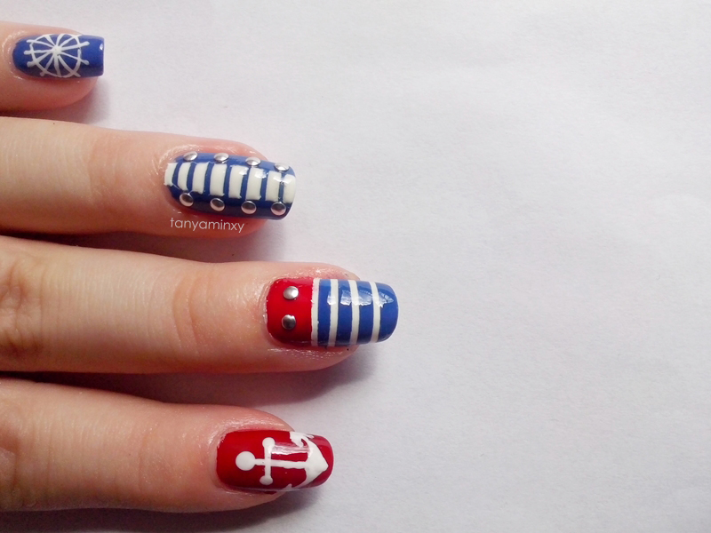 Navy Nautical Marine Nails