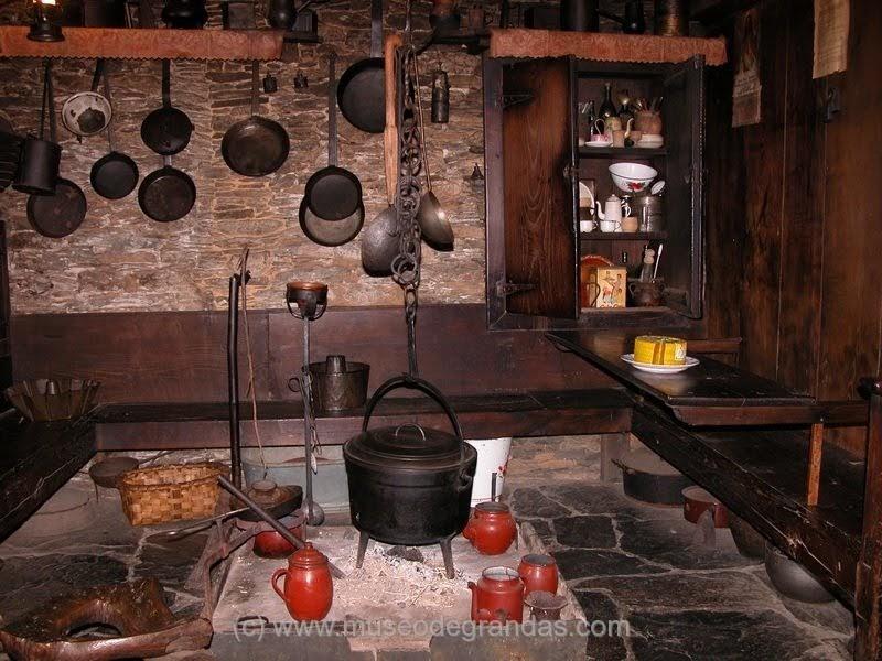 Mitolog a asturiana viviendas tradicionales asturianas for Cocina asturiana