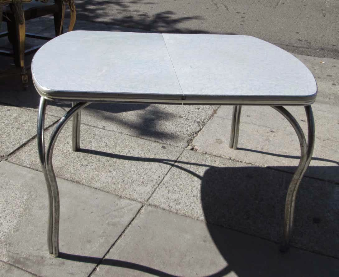Uhuru furniture collectibles sold vintage silver for Table formica