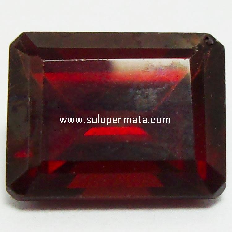 Batu Permata Red garnet - 23A05