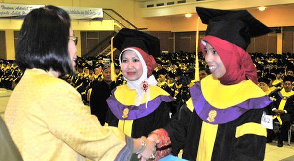 Pilihan pembayaran terbaik untuk pinjaman mahasiswa