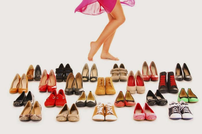 The Weekend Pointers- How to choose the right footwear for your feet?
