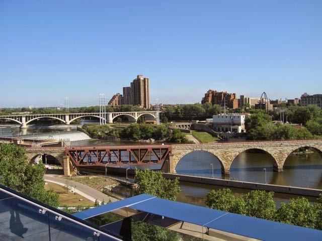 riverfront development, Mississippi River in Minneapolis