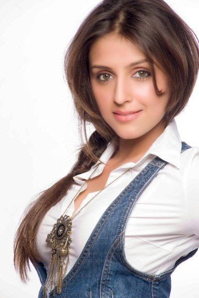 Aarti Chhabria HD Wallpapers Free Download