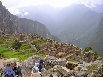 Machu Picchu bajo la lluvia, Perú, La vuelta al mundo de Asun y Ricardo, round the world, mundoporlibre.com