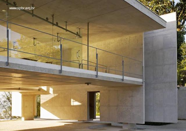 Sector más elevado de moderna casa