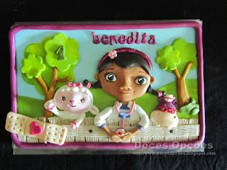 A Doutora Brinquedos no aniversário da Benedita