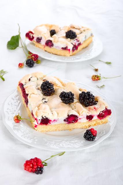 Baiser-Kuchen. Sommer-Kuchen. Edyta Guhl.