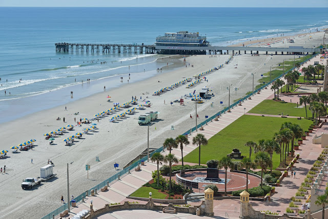 Make Daytona Beach your destination for your next getaway! Find out why it's a little slice of paradise... #DaytonaBeach