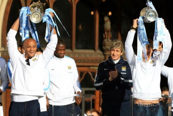 manuel pellegrini trophy manchester city
