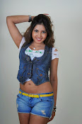 Komal Jha trendy Photo shoot Gallery-thumbnail-8