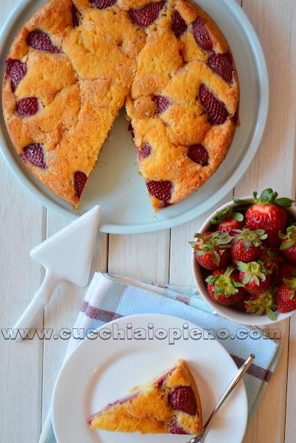 torta di fragole e arancia