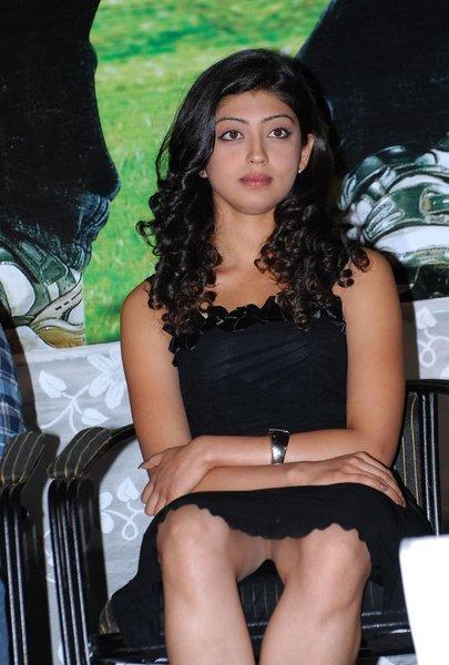 Praneetha Without Underwear Pics