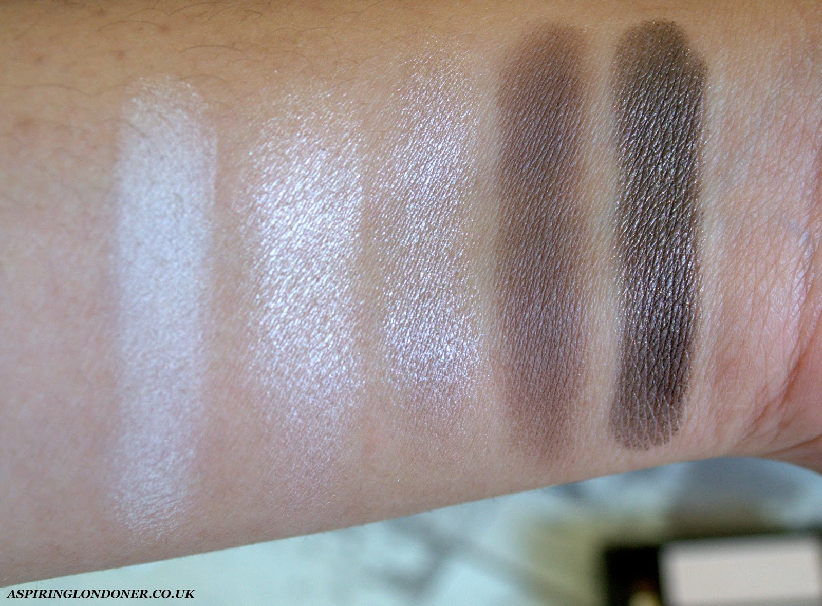Clarins Pretty Day 5 Colour Eyeshadow Palette Swatch - Aspiring Londoner