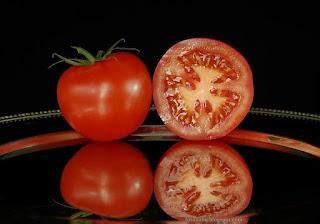 http://fotobabij.blogspot.com/2015/04/lycopersicon-esculentum-pomidor.html