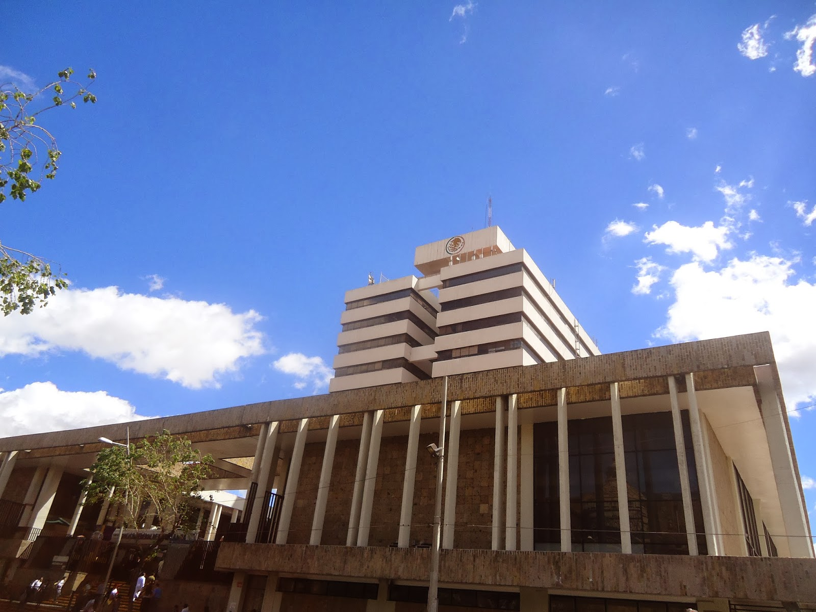 Sancarlosfortin palacio federal de guadalajara antes for Oficina de correos guadalajara