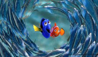 Nemo con dory rodeado de un banco de peces Dibujos de nemo para imprimir