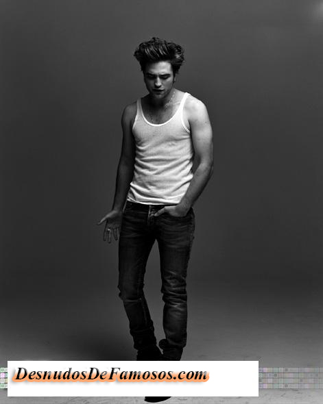 Robert Pattinson Desnudo