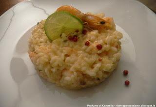 risotto ai gamberi, lime e pepe rosa - cena da gourmet