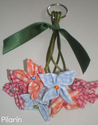 Flores en mi llavero + TUTORIAL