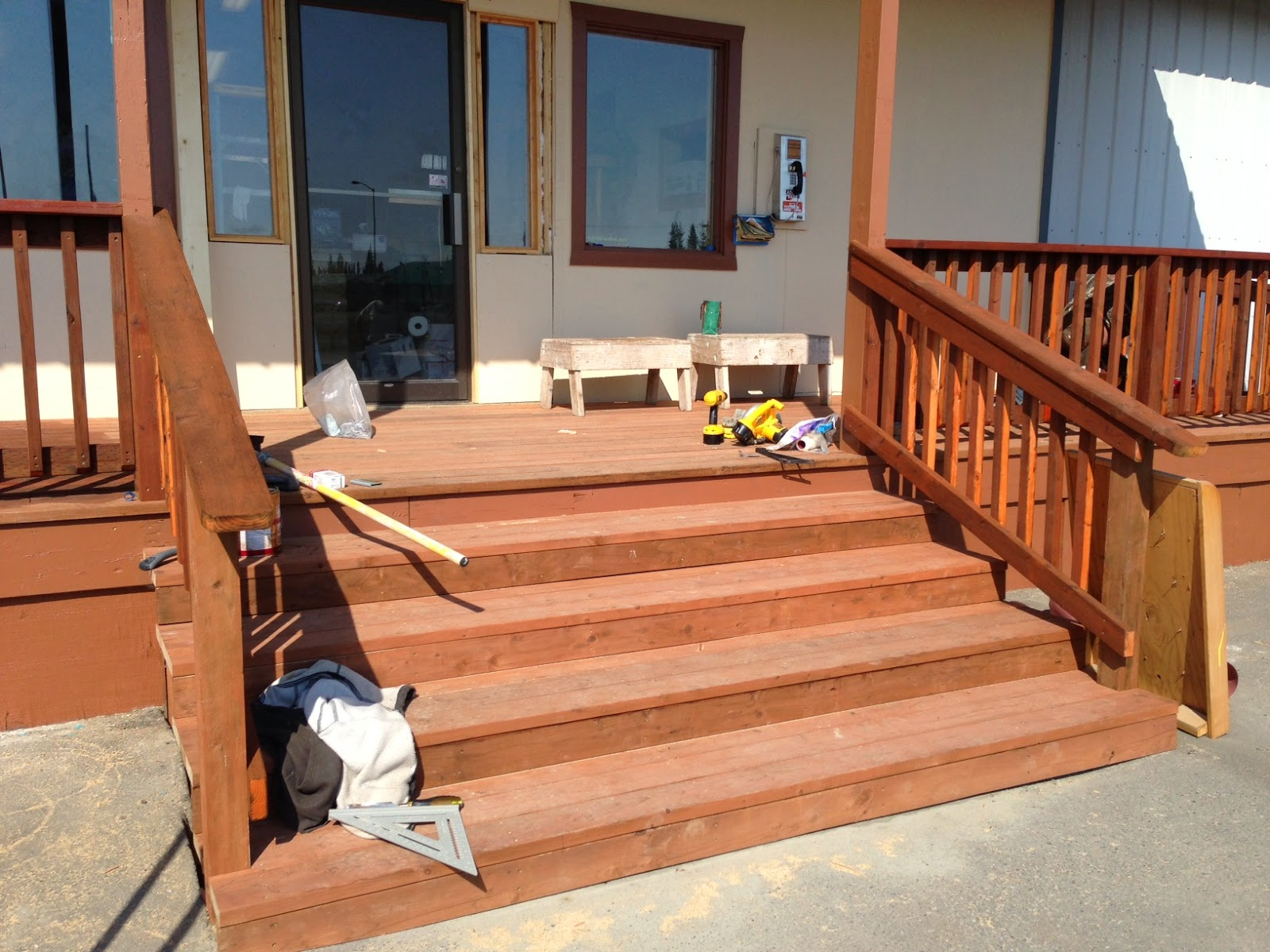 Completely New Deck, Wide Stairs And Safe Railings.