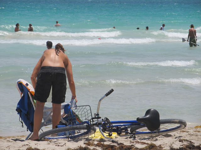 Miami Beach,blue bike,bike