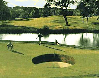 Buraco Golf gigante