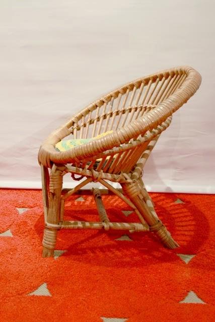 Chicbaazar objets vintage 50 60 70 petit fauteuil rotin - Miroir chaty vallauris prix ...