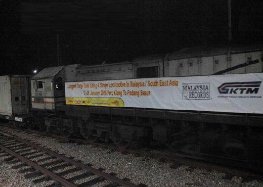 Tren Kargo KTMB Sepanjang 1.9km  Catat Rekod Dalam MBOR