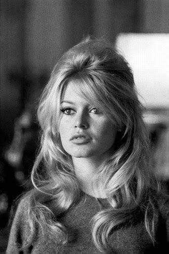 Rambut Panjang Berlayer Brigitte Bardot